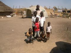 Deng_Leng_with_Returnee_children_5801.JPG